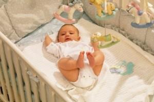 chambre-bebe-anti-moustique