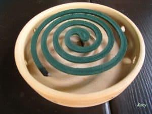 spirale-anti-moustique-avec-support